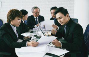 Consecutive interpretation with consecutive interpreters - phone interpretation with phone interpreters